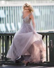 Afbeelding in Gallery-weergave laden, Tulle-Evening-Gowns