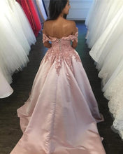 Load image into Gallery viewer, Light Pink Lace V-neck Ball Gown Satin Wedding Dress Off The Shoulder