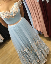 Afbeelding in Gallery-weergave laden, light-blue-prom-dress