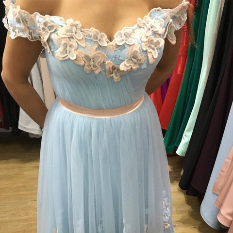 Image of tulle-prom-dress