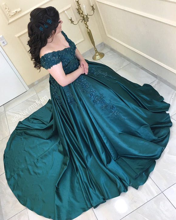 Off-The-Shoulder V-neck Satin Prom Dresses Ball Gown Lace Embroidery