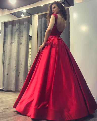 Image of Burgundy-Bridesmaid-gowns