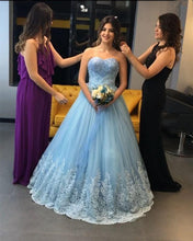 Afbeelding in Gallery-weergave laden, light blue evening dresses