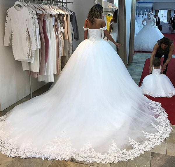Romantic sweetheart wedding dresses off the shoulder lace edge