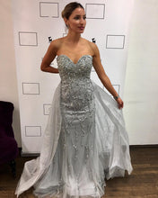 Afbeelding in Gallery-weergave laden, silver evening dresses