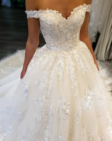 Image of Elegant-Wedding-Dress-Ball-Gowns-Women's-Bridal-Gowns-Lace