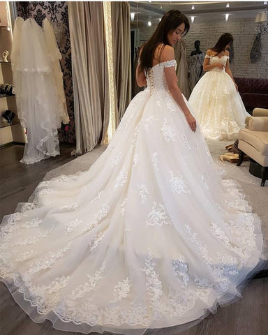 Image of Luxurious-Royal-Train-Wedding-Gowns-For-Bride