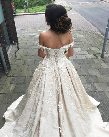 Image of Romantic-Lace-Quinceanera-Dresses-Ball-Gowns-Prom-Dresses-2019