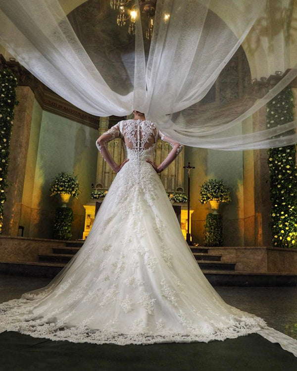 Long-Sleeves-Bridal-Gowns