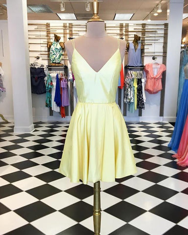 Image of Short-Yellow-Homecoming-Dresses-Satin-Prom-Gowns