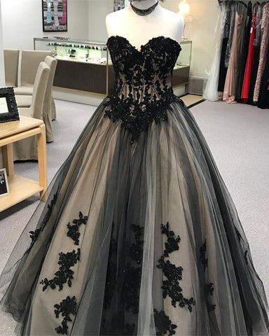 Image of Black-Prom-Ballgowns
