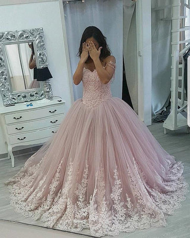 Image of Stylish Lace Appliques Sweetheart Tulle Ball Gowns Quinceanera Dresses