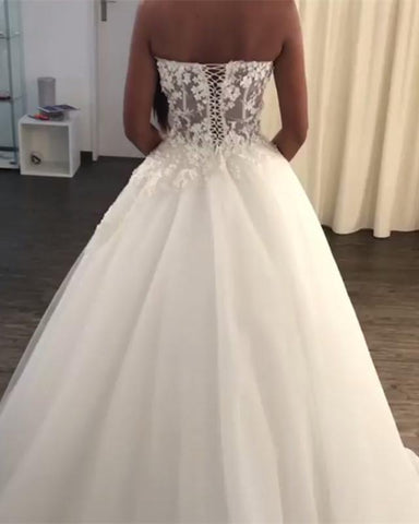 Image of tulle-ball-gowns-wedding-dresses