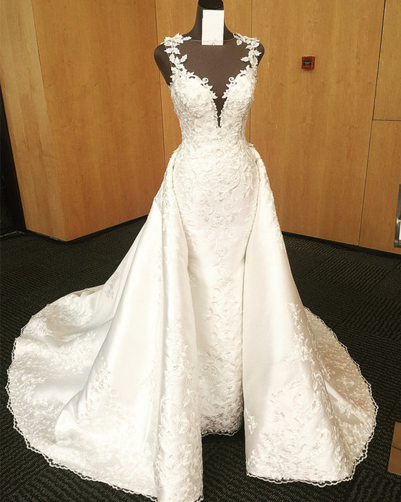 Vintage Scoop Neck Sweep Train Satin Mermaid Wedding Dresses Lace Embroidery