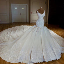 Afbeelding in Gallery-weergave laden, Royal-Wedding-Gowns-V-neck-Mermaid-Dresses-Bridal