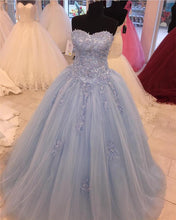 Afbeelding in Gallery-weergave laden, Tulle-Quinceanera-Dresses