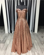 Afbeelding in Gallery-weergave laden, Rose-Gold-Prom-Dresses