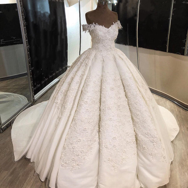 Vintage Lace Embroidery Ball Gowns Wedding Dresses Satin