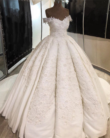 Image of Vintage Lace Embroidery Ball Gowns Wedding Dresses Satin