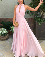Afbeelding in Gallery-weergave laden, A-line Halter Neck Pleated Chiffon Floor Length Bridesmaid Dresses
