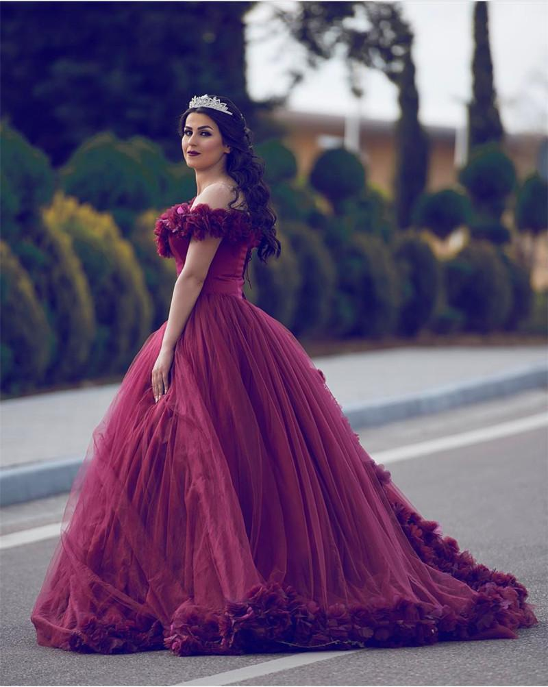 Off Shoulder Tulle Ball Gown Flower Wedding Dresses