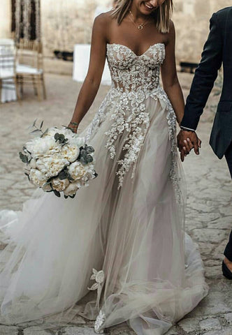 Image of Elegant-Tulle-Sweetheart-Wedding-Dresses-Beach-Style