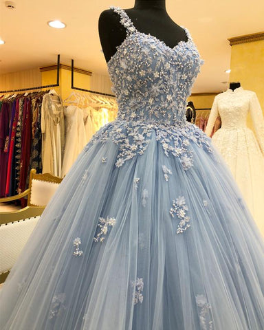 Image of Chic Lace Beaded Sweetheart Tulle Ball Gowns Quinceanera Dresses