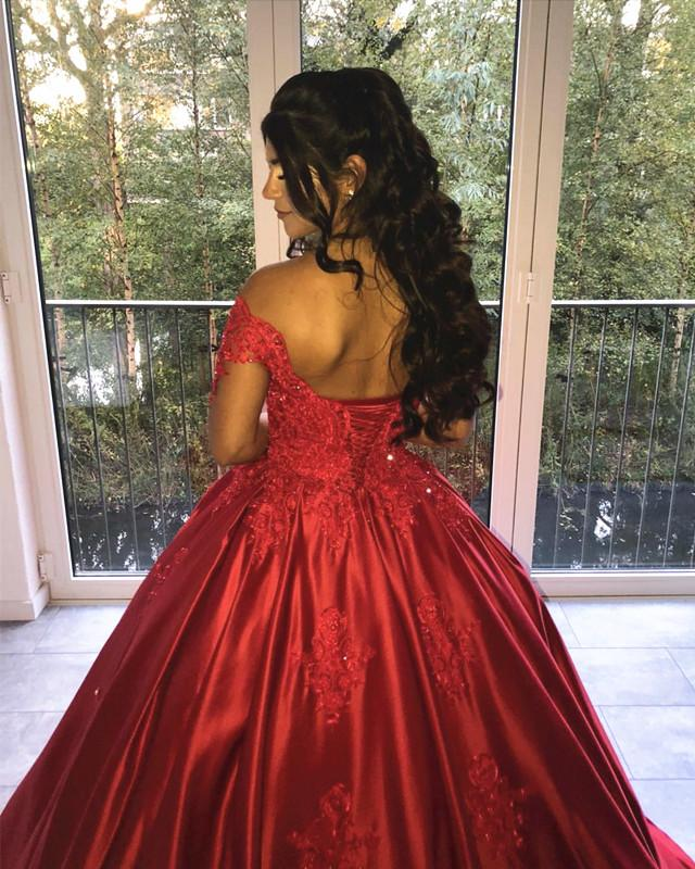 Lace Off Shoulder Satin Quinceanera Dresses Ball Gowns
