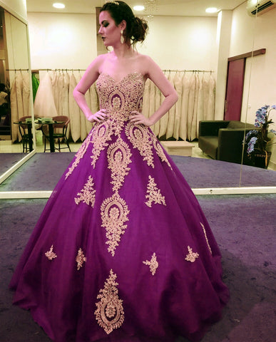 Image of Gold Lace Appliques Sweetheart Ball Gowns Quinceanera Dresses