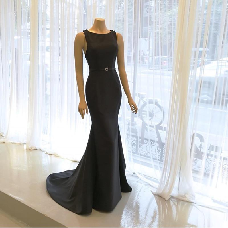 Scoop Neck Long Black Satin Mermaid Evening Dresses 2018
