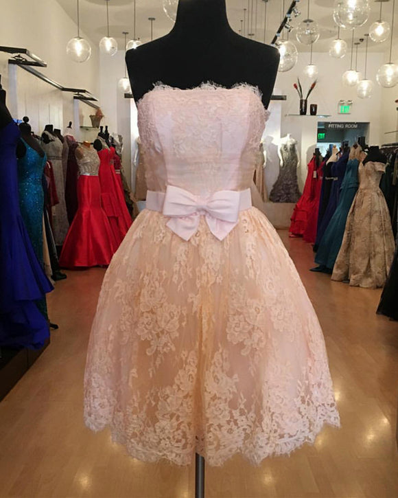 Short A-line Strapless Bow Sashes Lace Homecoming Dresses
