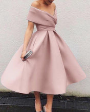 Afbeelding in Gallery-weergave laden, Pale Pink Homecoming Dresses
