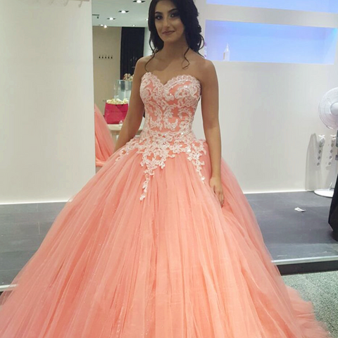 Image of Pretty Lace Appliques Tulle Quinceanera Dresses Ball Gowns