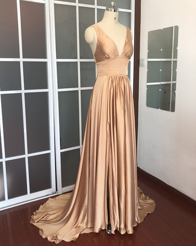 Image of Sexy Plunge V-neck Long Chiffon Bridesmaid Dresses With Leg Split