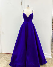 Afbeelding in Gallery-weergave laden, Royal Blue Prom Dresses 2020 Long