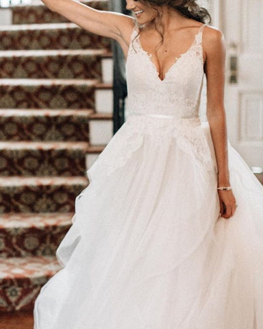Elegant Wedding Dress V Neck