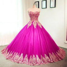 Load image into Gallery viewer, Gold Lace Sweetheart Tulle Ball Gowns Quinceanera Dresses