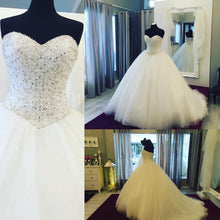 Afbeelding in Gallery-weergave laden, Puffy-Wedding-Gowns