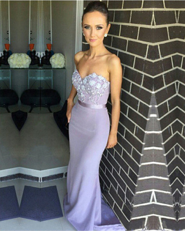 Bridesmaid-Dresses-Lavender
