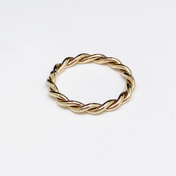 Rope Ring 18ct Yellow Gold Twisted Rope Gold Fine Jewellery Dublin