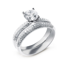 Round Brilliant Cut Engagement Ring | Comet Ring | Engagement Rings Dublin