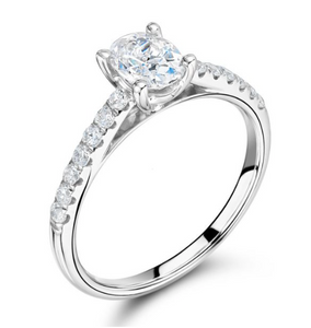 Solitaire Oval Cut Engagement Ring Pavè Diamond Band