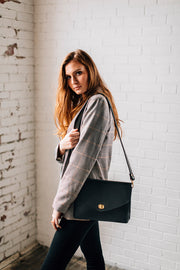 FLAP CROSSBODY-BLACK