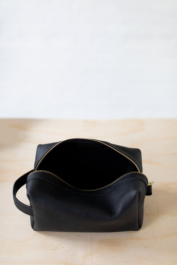 Dopp Kits-Black