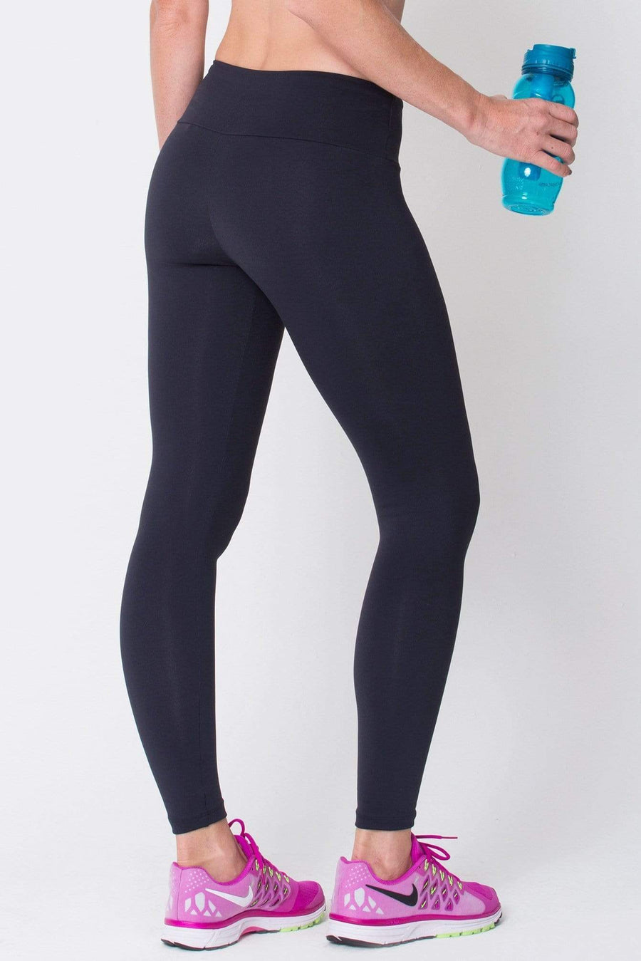 Black Essential Legging - Sam's Fitness Goods