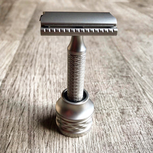 The Christopher Bradley Razor