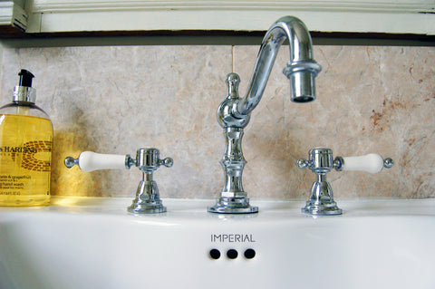 Pynes House Traditional Bathroom with Basin Mixer Tap