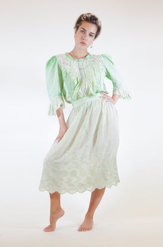 Floral Detail Victorian Midi Dress - Green
