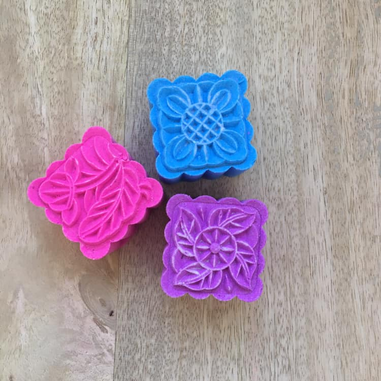 Mooncake Shower Steamers