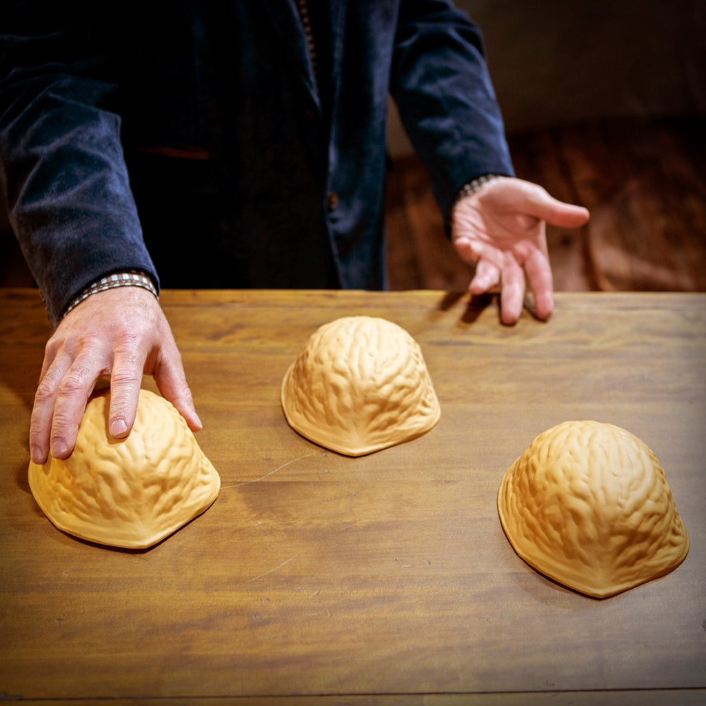 giant three shell game